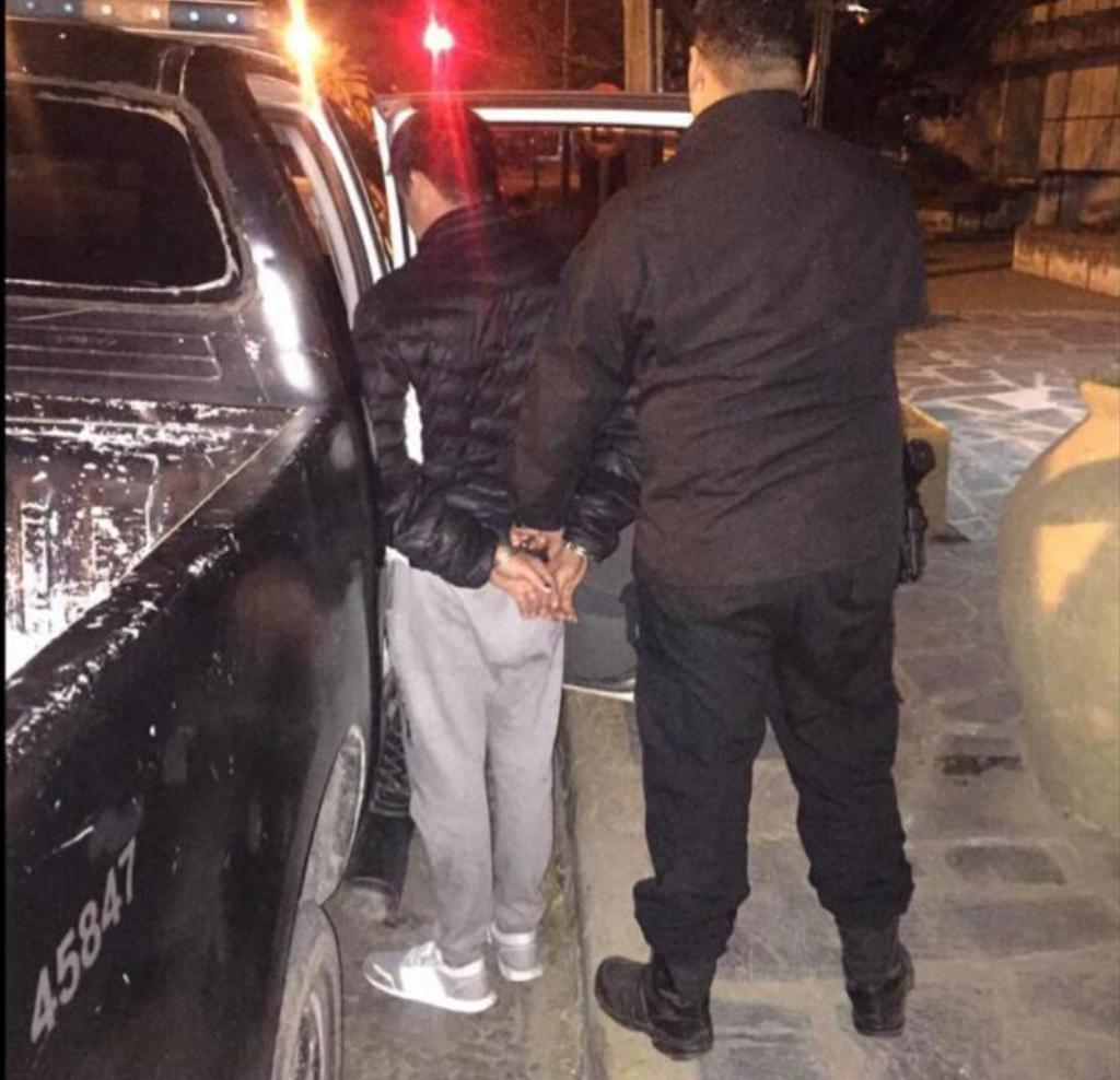 El Grupo de Apoyo Departamental detuvo a un hombre que tenía pedido de captura activo.