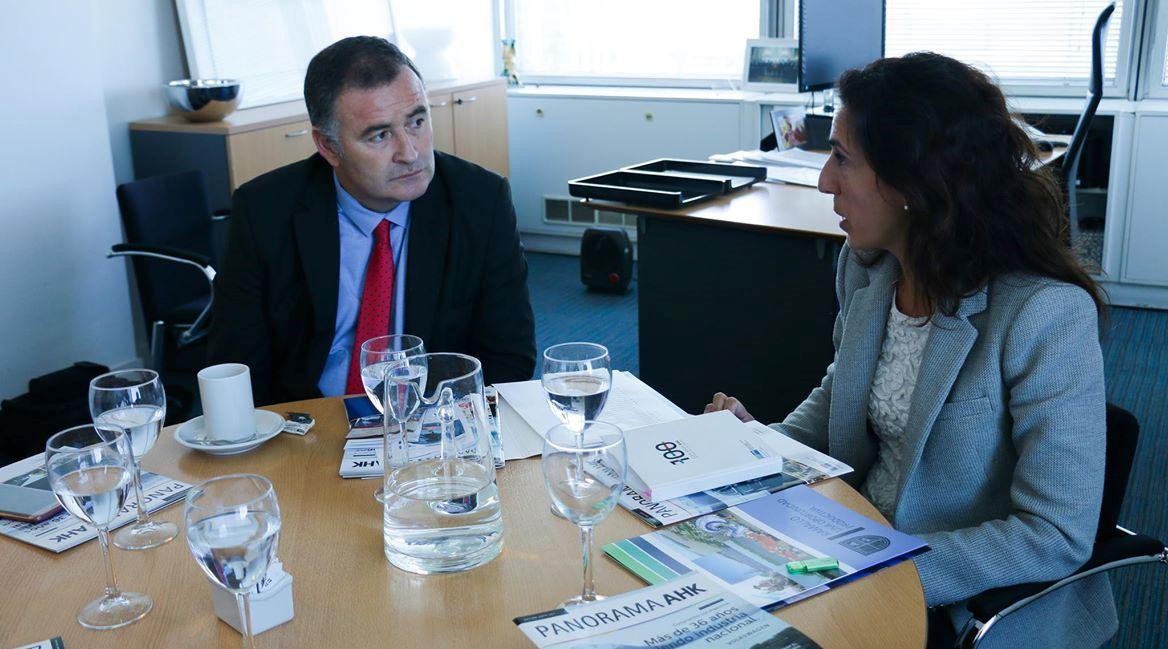 El intendente Mauro Poletti mantuvo una reunión con la vicepresidente ejecutiva de la Cámara de Industria y Comercio Argentino-Alemana, Barbara Konner.