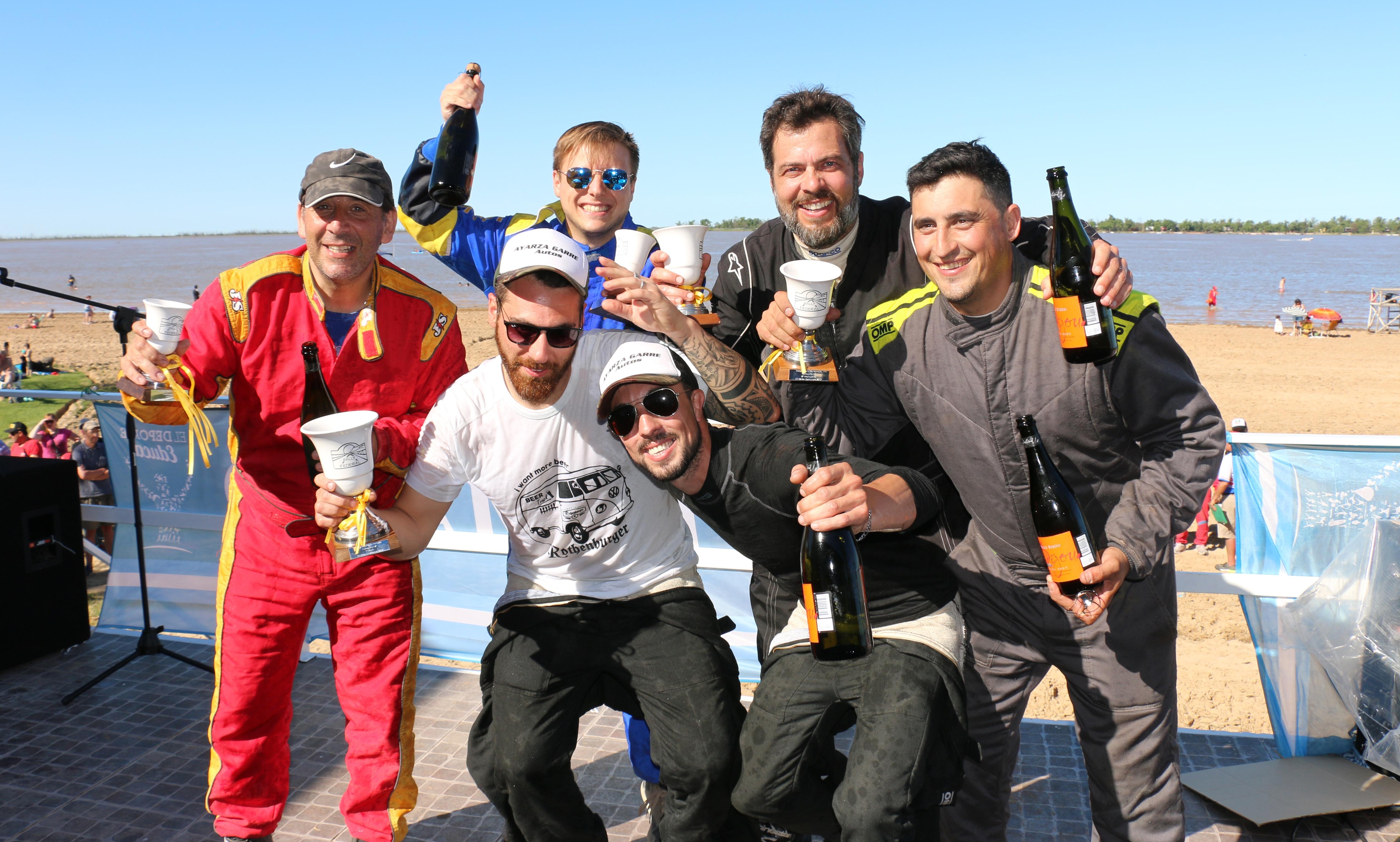 Con el Río Paraná de fondo, el piloto Luciano Bollati fue el ganador quien con su clase A se llevó la general.