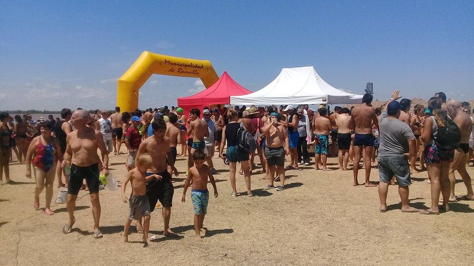"""Se realizó la 12ª edición de la competencia de Aguas Abiertas """"Fabio Guerzoni"""" en el Club Náutico de Ramallo. Más de 600 nadadores de todo el país participaron de las dos carreras previstas en las aguas del rio Paraná."""