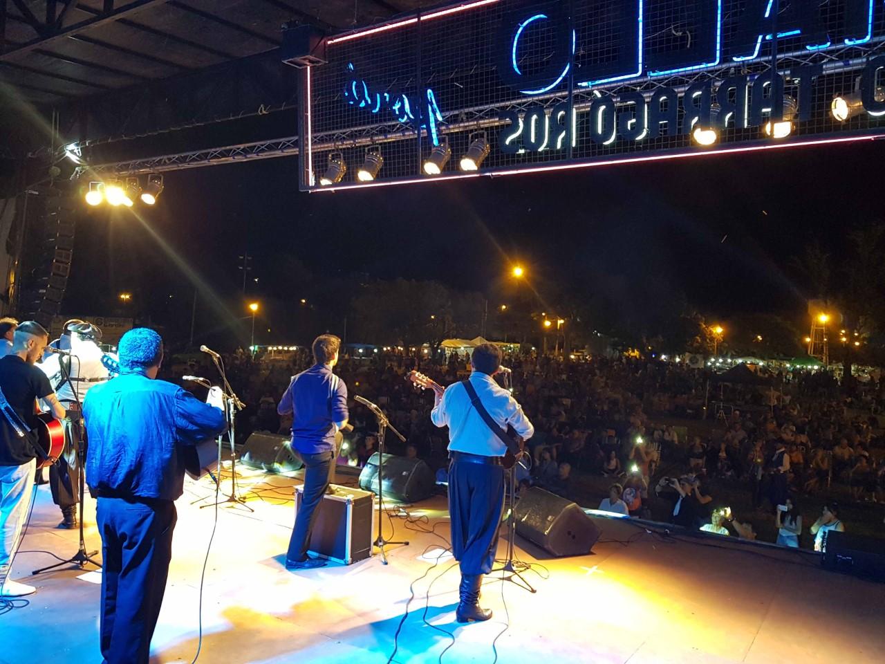 Este fin de semana se llevó a cabo la 22ª edición de la Fiesta de la Música del Litoral. Más de 15 mil personas disfrutaron del evento, que volvió  a tomar el color de celebraciones anteriores, durante dos noches convocantes.