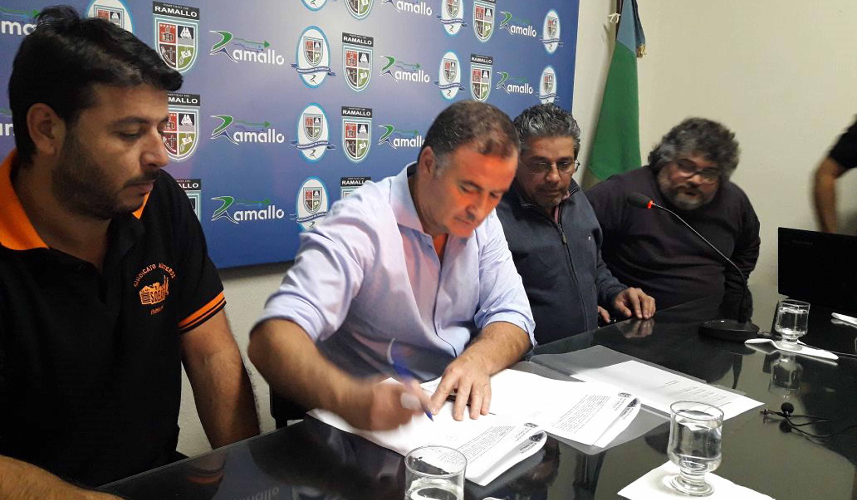 El viernes 24 de noviembre, los representantes del Sindicato de Obreros y Empleados de Aceiteros de Rosario fueron recibidos por el intendente Mauro David Poletti.