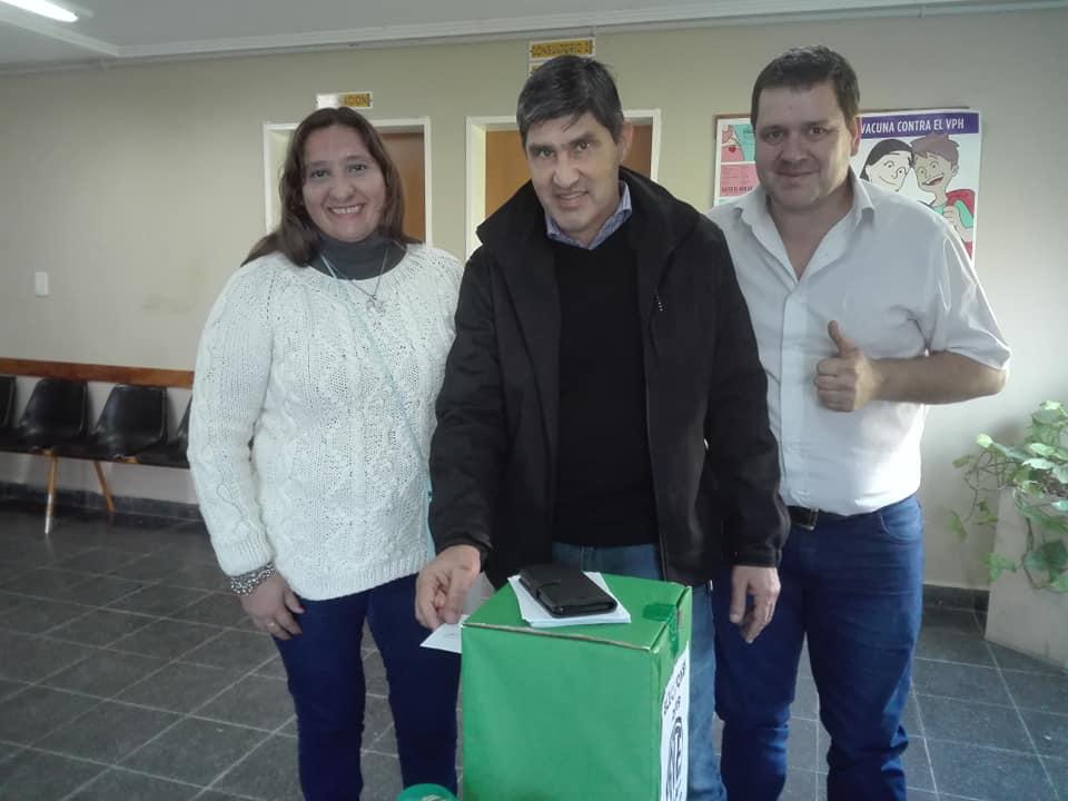 Adrián Lescano fue reelecto como Secretario General de ATE seccional Ramallo, Arrecifes y Salto obteniendo un fuerte apoyo por parte de los afiliados. Votó el 76,9 por ciento del padrón, 497 sobre 654 afiliados.