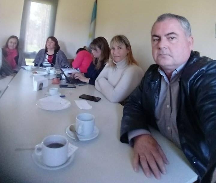 """El vicepresidente del Consejo Escolar de Ramallo, Fabián Idiart, fue denunciado por violencia de género y maltrato contra una directiva de la Escuela Secundaria N° 3 """"Raúl Alfonsín""""."""