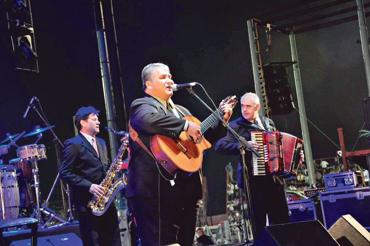 Se conoció la cartelera del Ramallo Porá 2018. Nuevamente la música del litoral sonara en el escenario Antonio Tarragó Ros en el Paseo del Puerto Municipal, en lo que será la 22ª edición del festival.