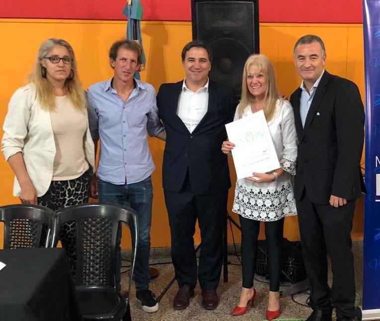 El intendente Mauro David Poletti, en conjunto con la Escribanía General de Gobierno de la Provincia de Buenos Aires, llevó adelante este miércoles un acto de firma de escrituras.