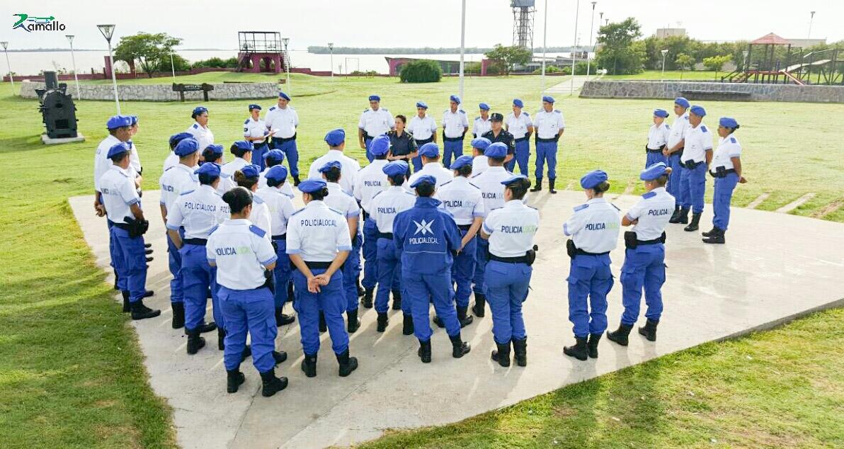 Los nuevos efectivos de la Policía Local ya recorren las calles de la región. Se trata de los agentes que se recibieron a fines de 2016 en la Escuela Descentralizada que funciona en Ramallo