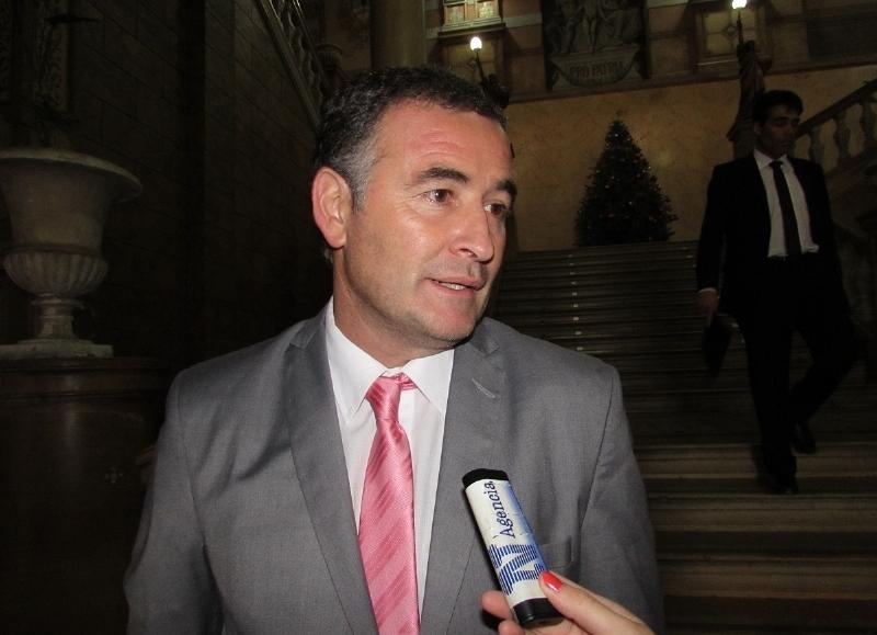 Durante la tercera emisión del programa radial de Señor NOVA, conducido por Julián De Martino y Anabella Rodríguez, el intendente de Ramallo, Mauro Poletti mantuvo diálogo telefónico y habló de la realidad de su municipio y la economía del país.