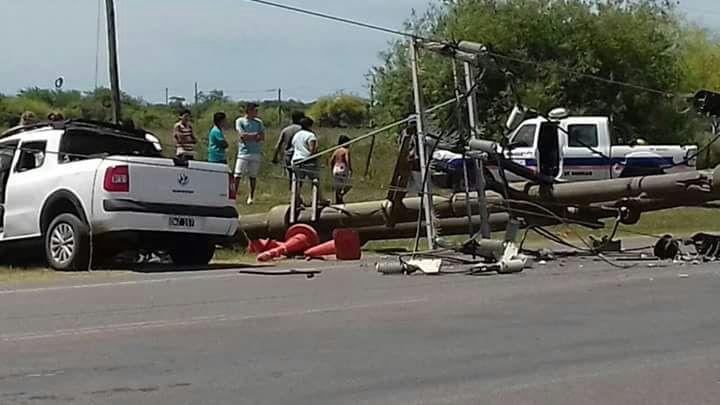 El fatídico accidente ocurrido en las últimas horas sigue conmocionando a todo un partido, ya que tres jóvenes perdieron la vida en forma casi instantánea.