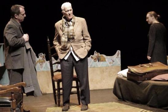 El grupo Metamorfosis, con el auspicio de la Dirección de Cultura y Educación, confirmó que el consagrado actor Federico Luppi se presentará el próximo 10 de diciembre en la sala Teatro de la Sociedad Española de Gonzales Chaves.