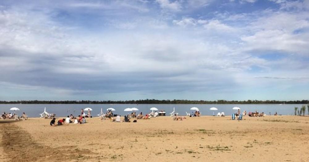 Se han llevado acciones como la limpieza de la costa, con el fin de recibir de la mejor manera a los turistas y generar una conciencia.