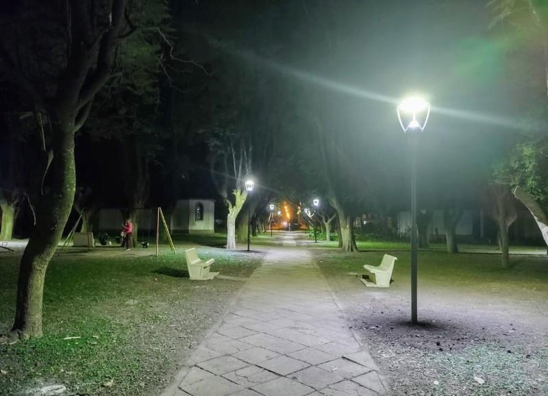 Es el principal espacio público de la localidad.