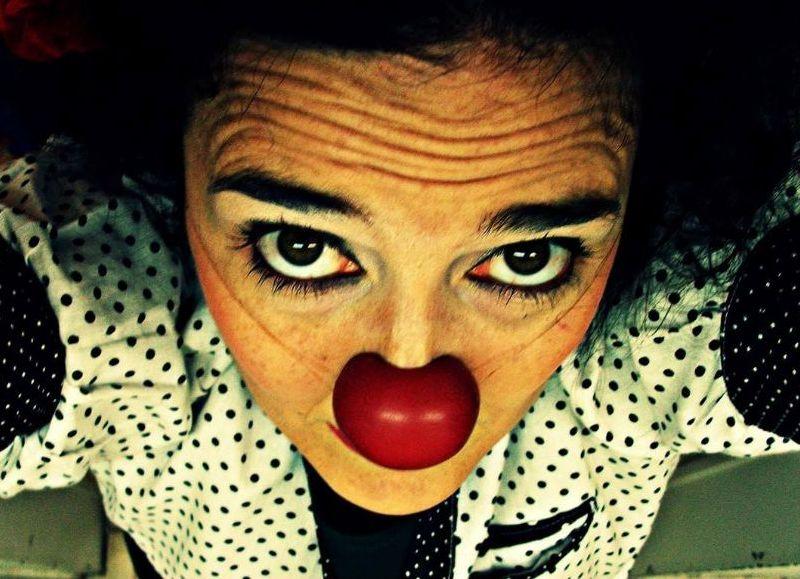 """Este fin de semana, la artista brindará un curso de Clown en Capital y su espectáculo """"Volví"""" en Salto."""