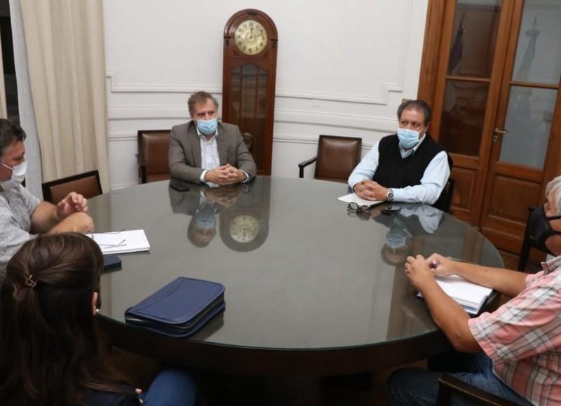 Reunión en el Salón Oval pergaminense.