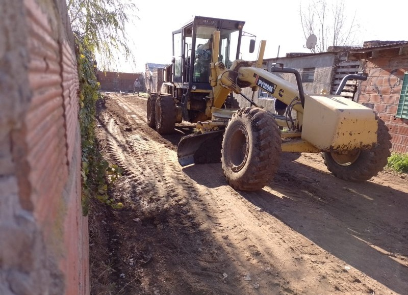 La Municipalidad de Ramallo continúa con las tareas de mejora de espacios públicos en las distintas localidades del partido.