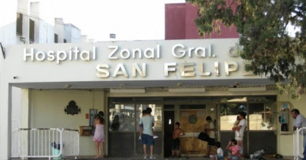 El hombre fue hallado inconsciente y con un golpe en la cabeza y fue derivado al Hospital local, y ante la gravedad del cuadro fue trasladado al Hospital San Felipe de la ciudad de San Nicolás.
