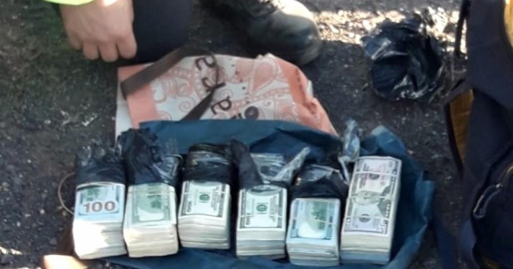 El hecho ocurrió este lunes en un control de rutina desplegado por la Policía Vial de San Nicolás en el kilómetro 237 de la ruta nacional 9.