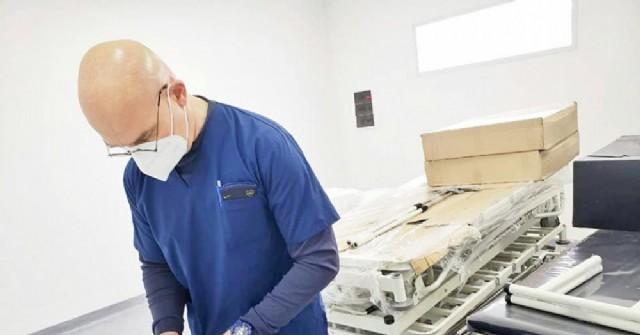 Llegaron las camas para la sala de terapia intermedia del Hospital Gomendio
