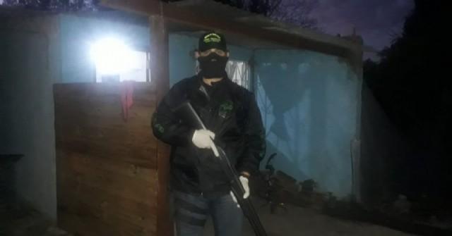 Villa Ramallo: Siete detenidos y un policía herido