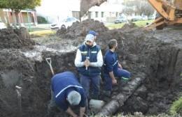 Destacan la labor de trabajadores de Obras Sanitarias en el restablecimiento del suministro de agua