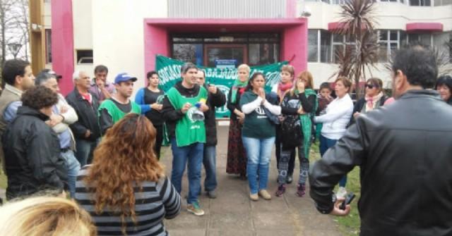 Los trabajadores de ATE Ramallo movilizaron al municipio