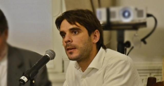 A las denuncias por enriquecimiento ilícito, a Manuel Passaglia se le suman las acusaciones de aprietes y maniobras ilegales para despojar a una familia de su propiedad a precio vil.