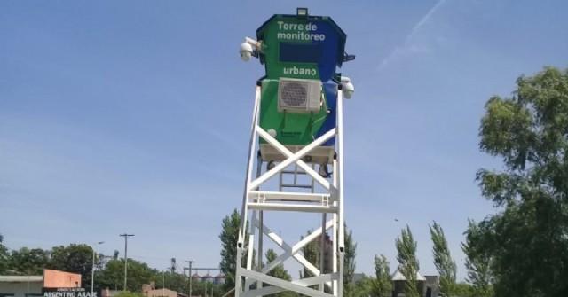 Instalan una torre de monitoreo en la playa