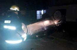 El conductor sufrió heridas leves.
