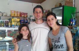 Organizadopor mini mercado Néstor Petunchi (Foto: La Radio Ramallo).