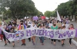 Mujeres marcharon por el 8M y realizaron pedidos a las autoridades