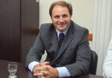 Jorge Santiago, legislador del GEN en el FAUnen.