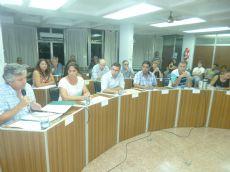 Concejal H�ctor Sbuttoni, leyendo el proyecto aprobado por unanimidad
